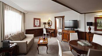 - Melia White House Hotel
