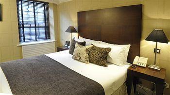 - Flemings Hotel, Mayfair
