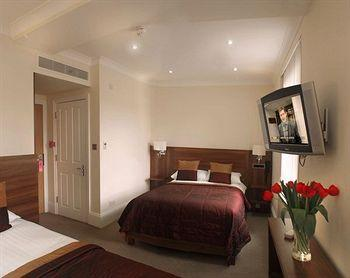 - London House Hotel