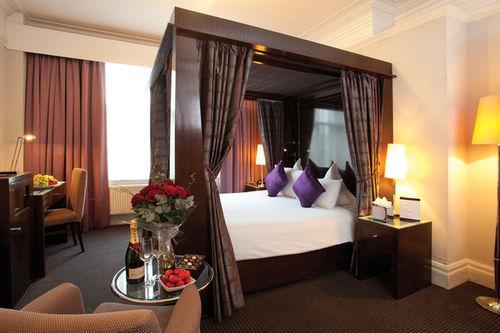 Guestroom - Best Western Premier Shaftesbury London Piccadilly