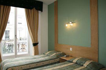 - Westbury Hotel