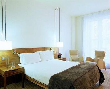 Guestroom - The Trafalgar Hotel