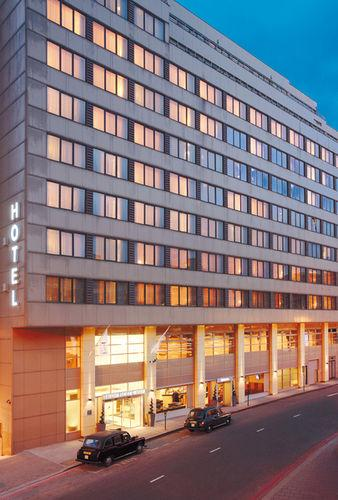 Exterior - DoubleTree by Hilton London Victoria