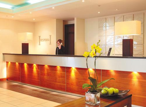 Lobby - DoubleTree by Hilton London Victoria
