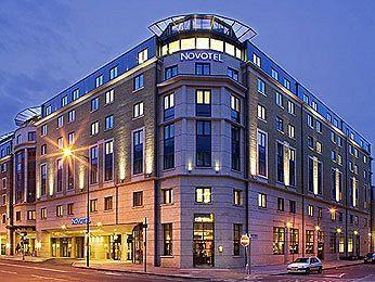 Exterior - Novotel London City South
