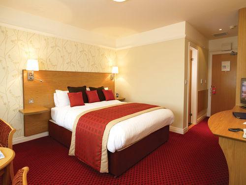 Guestroom - BW PLUS MILFORD HOTEL