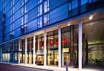 Exterior - DoubleTree by Hilton Hotel London - Westminster