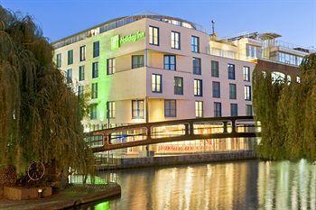 Exterior - Holiday Inn London Camden Lock