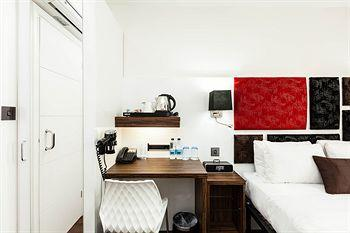 - Chiswick Rooms
