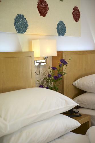 Guestroom - Park International Hotel