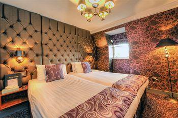 - Royal British Hotel
