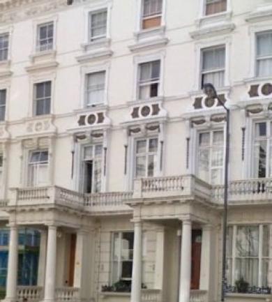 Hyde Park Economy Apartments
