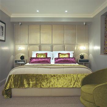 Exterior - Radisson Blu Edwardian Leicester Square Hotel