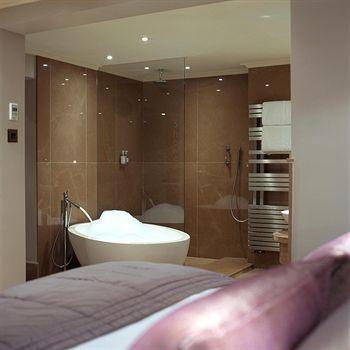 - Radisson Blu Edwardian Leicester Square Hotel