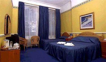 - GEORGE HOTEL