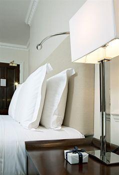 - Dukes Hotel