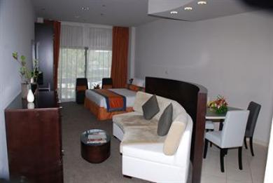 Lotus Htl Apartments & Spa Marina