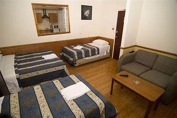 - Ventures Hotel