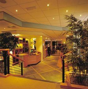 Lobby - Redwood Hotel and Country Club