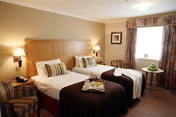 - Westmead Hotel