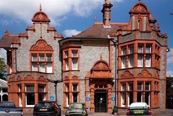 Exterior - Hillingdon Prince Hotel