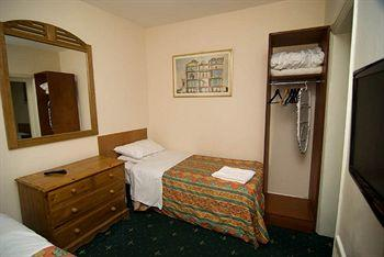 - Camelot House Hotel