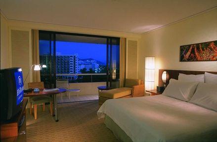 Guestroom - Hilton Cairns