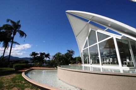 Choice2 - Hilton Cairns