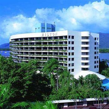 Exterior - Hilton Cairns