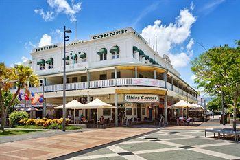 - Hides Hotel Cairns