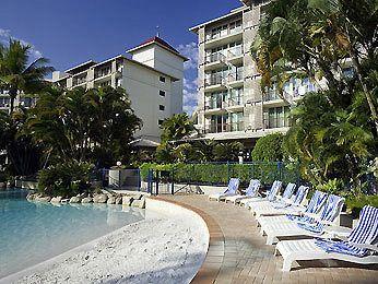 - Novotel Cairns Oasis Resort