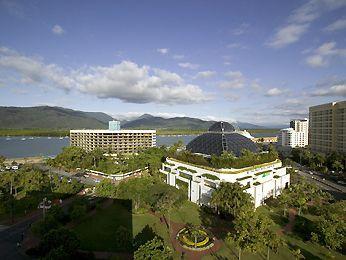 Exterior - Pullman Reef Hotel Casino