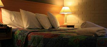 - Best Western Hospitality Inn Carnarvon