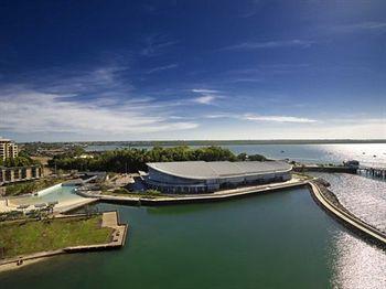 - Adina Apartment Hotel Darwin Waterfront