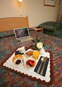 Guestroom - COMFORT INN BLUE LAGOON