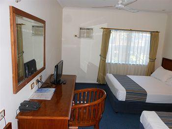 - Cairns Southside International Inn