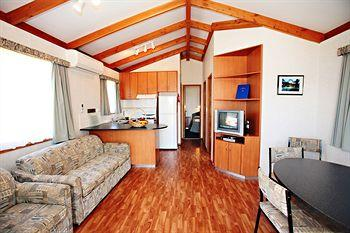 - Boathaven Holiday Park