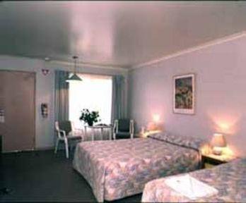 Guestroom - Comfort Inn The Pier
