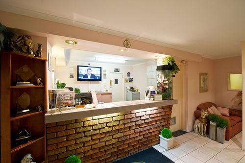 Lobby - Best Western Balmoral Motor Inn