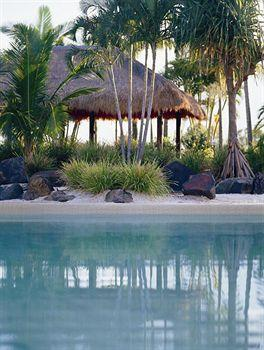 - InterContinental Sanctuary Cove Resort