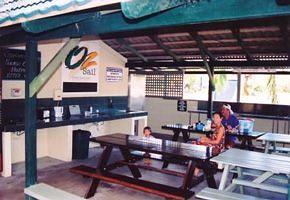 - Island Gateway Holiday Park