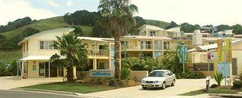 Exterior - Headland Beach Resort