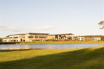 - Crowne Plaza Hunter Valley