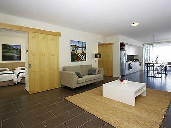 - Grand Mercure Apartments Magnetic Island