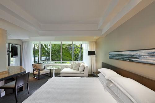 Guestroom - Sheraton Mirage Resort & Spa Gold Coast