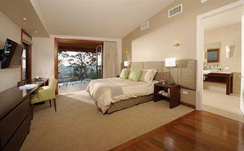 - Spicers Peak Lodge