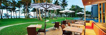 - Castaways Resort & Spa Mission Beach