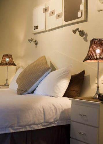 Guestroom - Quality Inn Presidential
