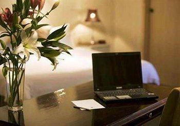 - Quality Inn Presidential