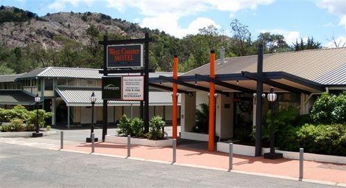 Exterior - West Coaster Motel